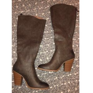 JustFab Brown Heeled boots size 7.5